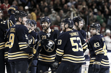It's all smiles with the Sabres as they are now on an eight-gamewinning streak (Timothy Ludwig/USA Today Sports)