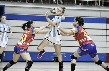 Handball: La garra perdió ante España