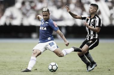 Partida entre Botafogo e Cruzeiro, pela 38 ª rodada do Campeonato Brasileiro ( Foto: Rafael Ribeiro/Light Press)