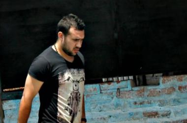 Sebastian Sciorilli caminando por la Ciudad Deportiva. Fuente: El Gigante del Oeste