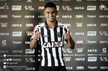 Jogador está à disposição do treinador (Foto: Divulgação/Atlético-MG)