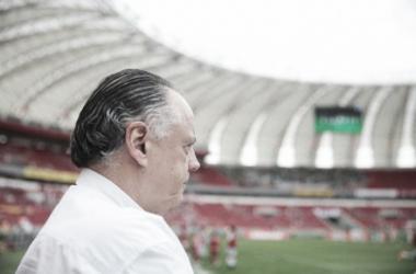 """Carvalho avalia empate com Santa Cruz e pensa próximos desafios: """"Consequência do futebol"""""""