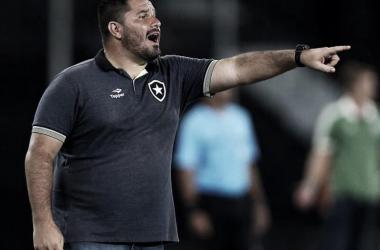 Eduardo Barroca aceita convite e Botafogo vai repatriar o ex-treinador das categorias de base