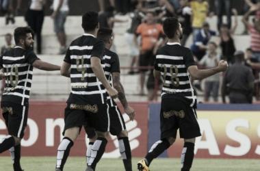 Corinthians tem atuação segura e derrota Botafogo fora de casa pelo Paulistão