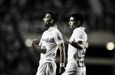 Santos bate Água Santa com gol de Longuine e assume liderança geral do Paulistão