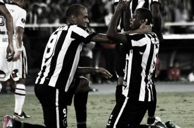 Airton comemora primeiro gol do Botafogo contra o Colo Colo (Reprodução: Twitter Conmebol)