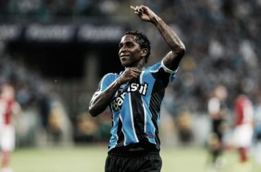 Miller Bolaños desfalca Equador e retorna às pressas para servir ao Grêmio