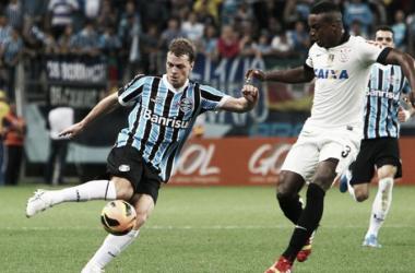 Atacante Lucas Coelho em ação pelo Tricolor (Foto: Lucas Uebel / Grêmio)