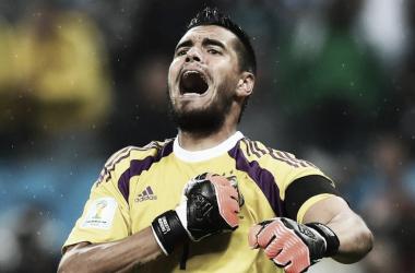 Sergio Romero fue desafectado y se pierde el Mundial, debido a su lesión en la rodilla. Foto: Infobae.