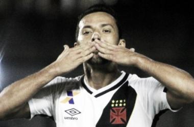 Nenê ressalta dedicação e início de trabalho com Zé Ricardo em resultado diante do Grêmio