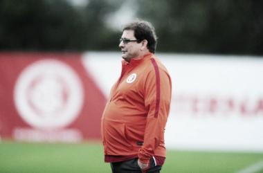 """Guto Ferreira valoriza ponto somado fora de casa contra Boa Esporte: """"Pode fazer a diferença"""""""