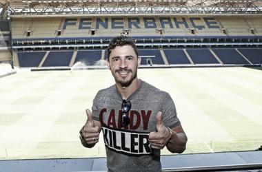 Convocado por Tite, meia Giuliano é anunciado como novo reforço do Fenerbahçe