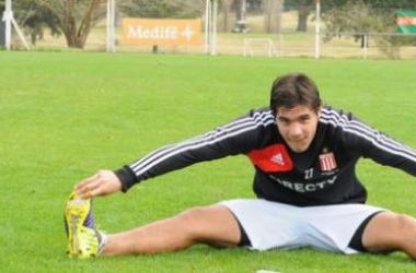 Graciani, flamante incorporación albirroja, durante la sesión de entrenamiento matutina. (FOTO: edelpoficial.com.ar)