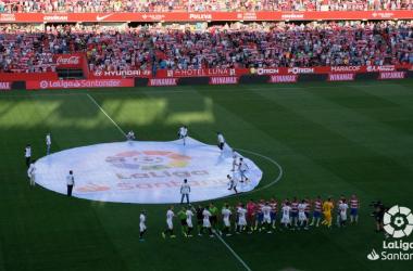 Gradas del Nuevo los Cármenes llenas minutos previos al inicio del encuentro. Foto: La Liga.