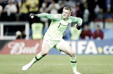 Inglaterra supera valente Colômbia nos pênaltis e avança às quartas de final