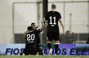 Vasco arranca empate do Juazeirense no fim e avança na Copa do Brasil
