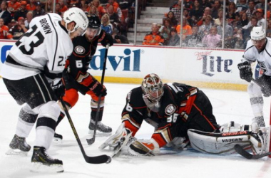 Dustin Brown (23 white) and the Kings were all over the Ducks in the opening frame, going up 3-0.