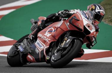 Johann Zarco el más rápido en los entrenamientos en Cataluña