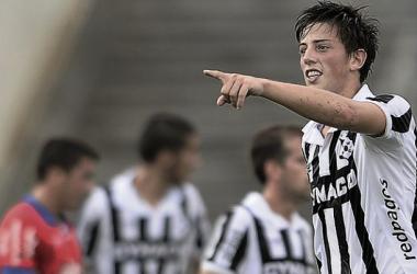 Santos hizo un gol y fue figura en Wanderers| Imagen: Tenfield