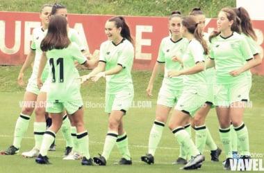 Las jugadoras del Athletic celebrando el gol | Foto: Diego Blanco - VAVEL