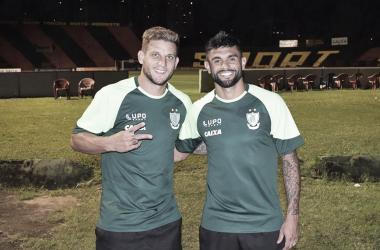 Luan e Rafael Moura marcam e quebram jejum de gols no América-MG
