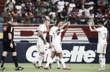 Com cinco gols na segunda etapa, Inter derrota Bahia em Salvador