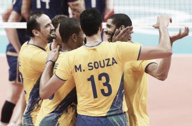 Brasil em sua trajetória para o ouro olímpico em 2016 (Reprodução/CBV)