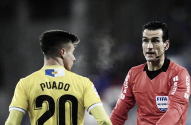 Martínez Munuera dirigiendo la jornada 20 entre el Eibar y Espanyol<div>Foto: LaLiga</div>