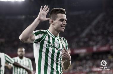 Lo Celso al encajar su gol ante el Sevilla ! Fotografía: LaLiga Santander
