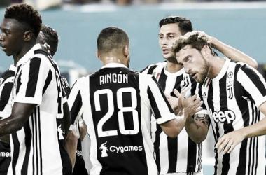 L'esultanza dei bianconeri dopo il gol-vittoria di Marchisio. | gazzettaobjects.it