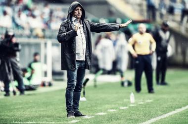 Renato revela que Grêmio 'saiu no lucro' e que o fuso horário atrapalhou o time