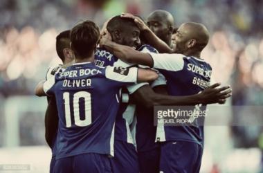 FC Porto vs Estoril 4-0: Vitória esmagadora na estreia do dragão.