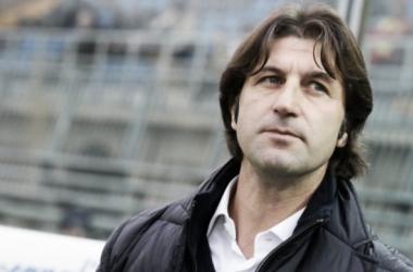 Massimo Rastelli, tecnico del Cagliari e prossimo allenatore sfidante della Juventus. | Noi Granata.