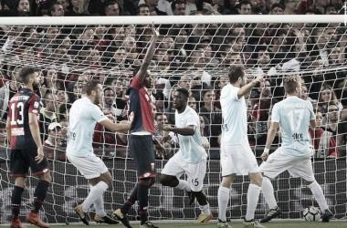 L'inizio dell'esultanza di Bastos, subito dopo il suo gol. | Sky Sport, Twitter.