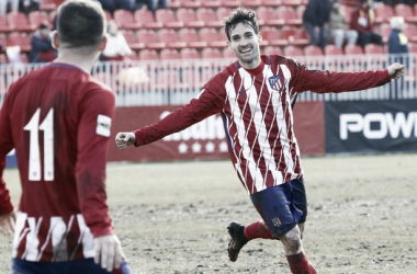 Jorge Ortiz celebra su primer tanto con el Atlético B | Foto: Alberto Molina - Atlético de Madrid.