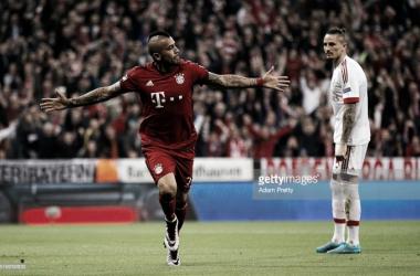 Vidal deu a vitória ao Bayern, mas o Benfica está vivo.