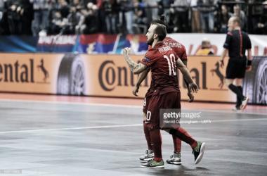 Apesar da derrota, Portugal está apurado para os quartos de final do Europeu.