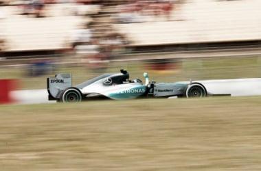 Primeira vitória do ano para Rosberg (foto: Mercedes)