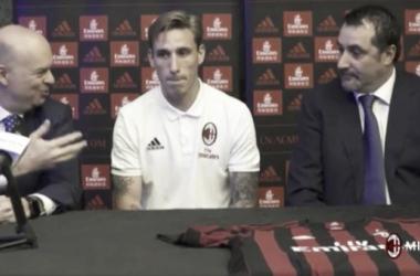 """Milan - Biglia passa alle formalità sui social: """"Ho scelto la numero 21 per Pirlo"""""""