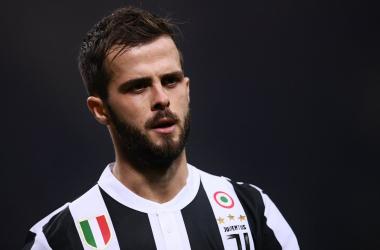 Pjanic giocherà anche l'anno prossimo nella Juventus? | La UEFA, Twitter.