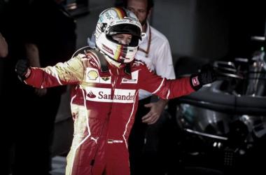 Vettel eufórico tras el triunfo | Foto: Fórmula 1
