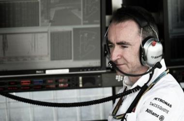 Paddy Lowe é um dos grandes responsáveis pelo sucesso da Mercedes (Foto: skysports)