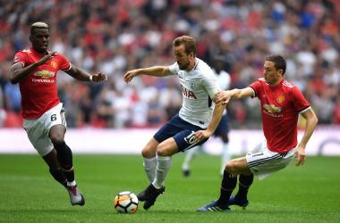 FA Cup - La rasoiata di Herrera elimina il Tottenham, United in finale di rimonta e di cervello (2-1)
