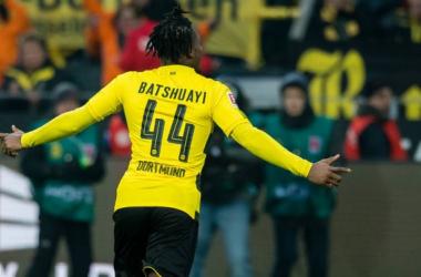 Michy Batshuayi esulta per il suo gol di ieri contro l'Amburgo. | bvb.de