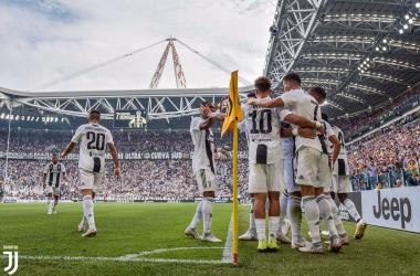 I giocatori della Juventus dopo uno dei due gol odierni. | @juventusfc, Twitter.