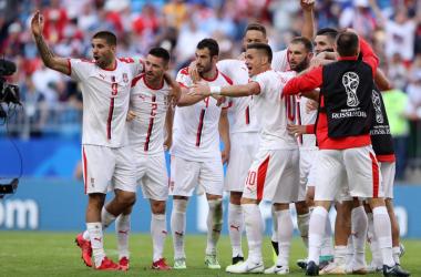 L'unica esultanza di ieri dei giocatori della Serbia. | @FSSrbije, Twitter.