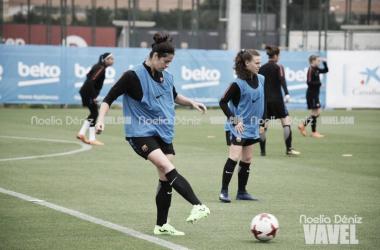 FC Barcelona Femenino, durante un entrenamiento l Foto: Noelia Déniz - VAVEL