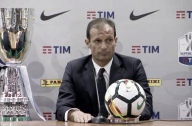 Max Allegri, da poco 50 anni, l'allenatore della Juventus durante la conferenza stampa.