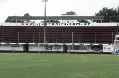 Estádio Edmundo Feix, do Guarani de Venâncio Aires, necessita da liberação (Foto: Henrique König / VAVEL Brasil)
