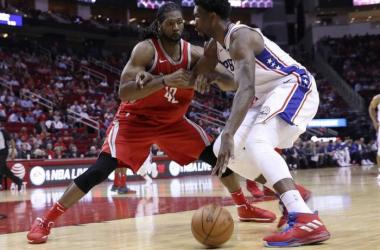 NBA - I 76ers le suonano a Houston; New York sorprende Denver